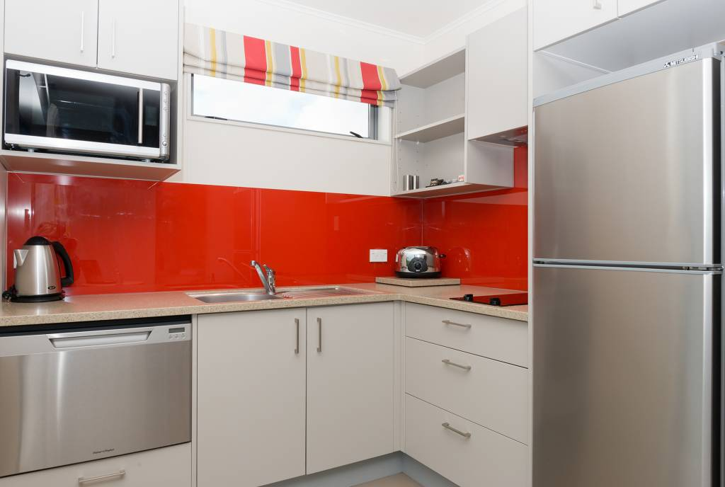 1-Bedroom-De-lux-Motel-Kitchen
