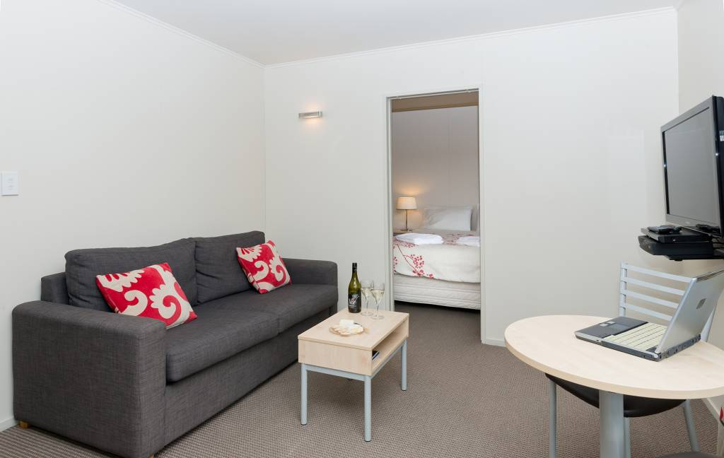 1-Bedroom-De-lux-Motel-Living-Area